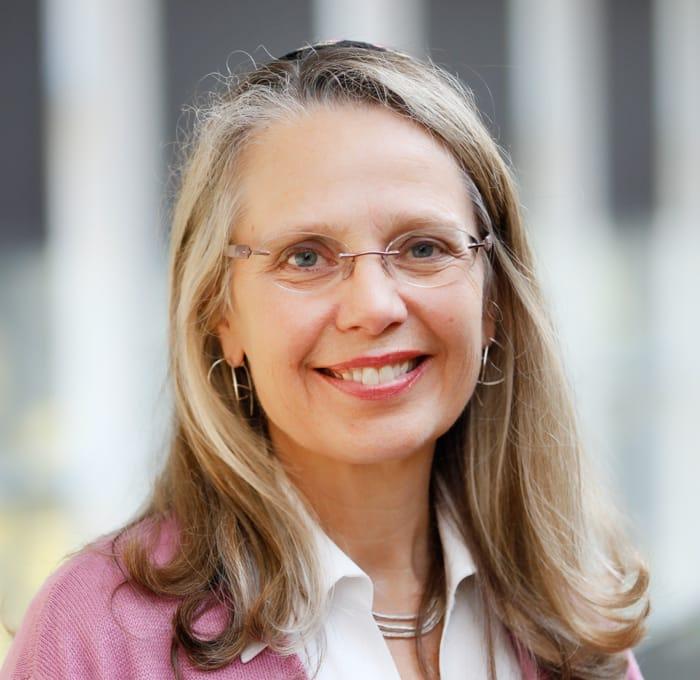 Cantor Louise Treitman