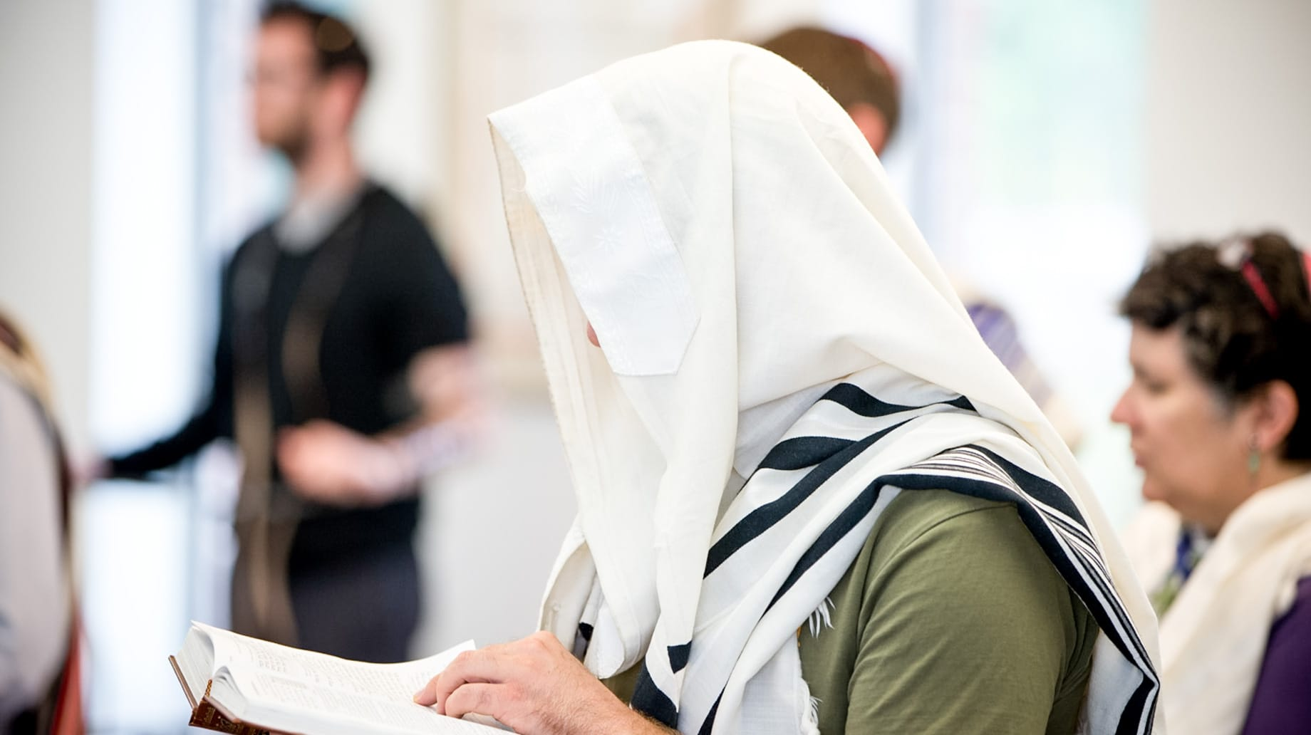 jewish woman with a head scarf