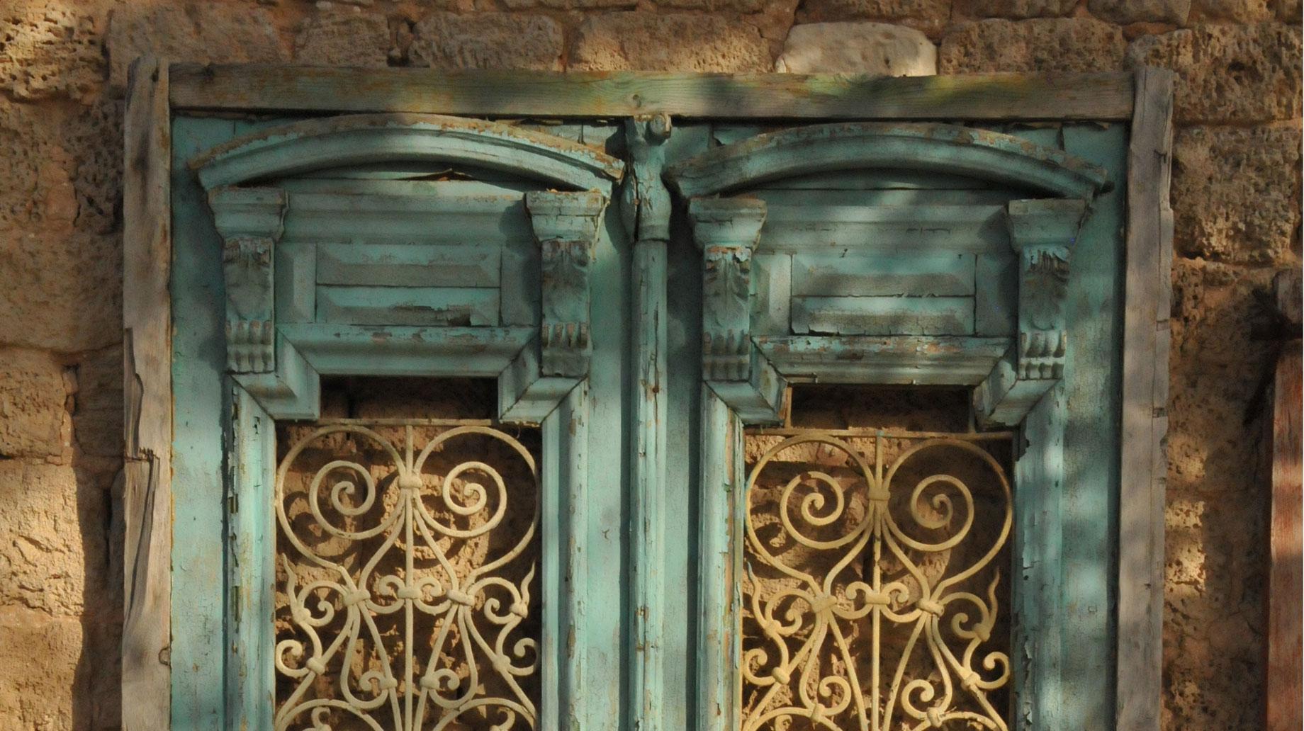 Israeli doors